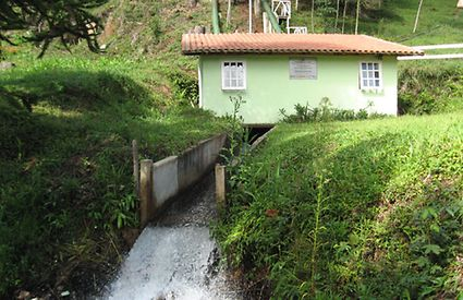Downstream of the water turbine installed on the Fazenda premises