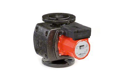Inlinepumpe: Heizungsumwälzpumpe mit Spaltrohrmotor und Wärmeisolierung