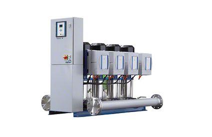 Druckerhöhungsanlage: Anschlussfertige Kompaktanlage mit vier Pumpen, drehzahlgeregelt