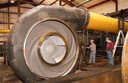 Pump for a hopper dredger in the test bay